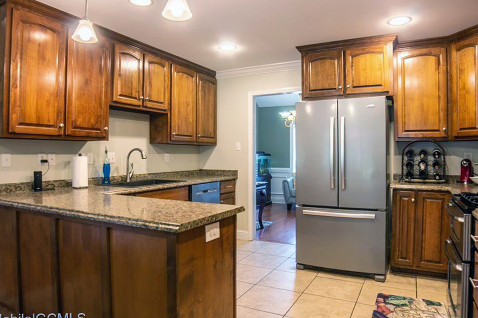 warm kitchen house for sale theodore alabama pool