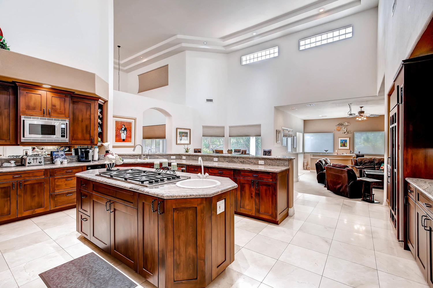 las vegas luxury homes most las vegas luxury home sales are to out of state buyers
