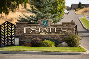 The Estates at Legacy Ridge