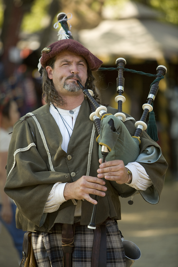 Live in Grants Pass and go to the Scottish games.