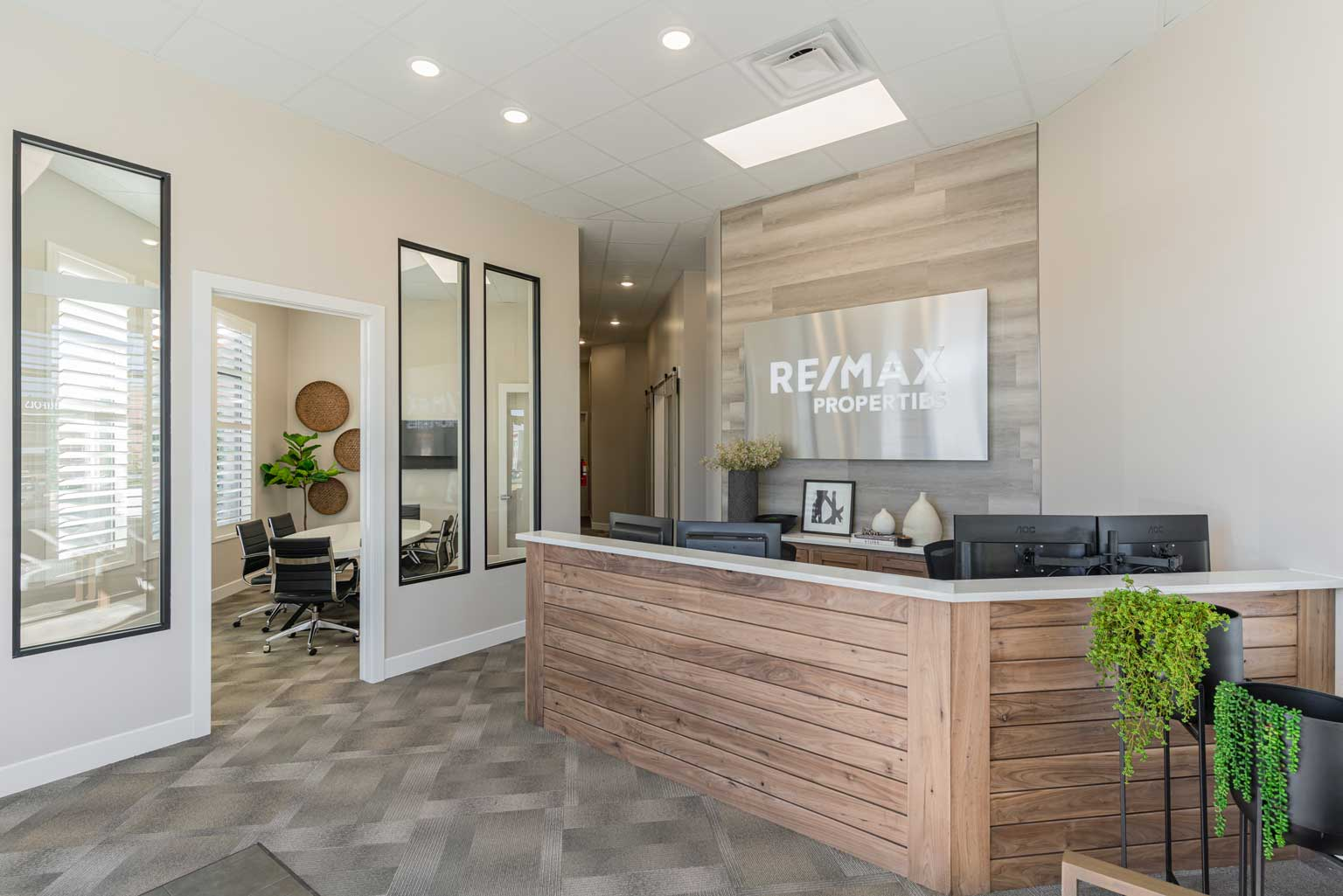 Our New Re/Max Office Is Now Open!