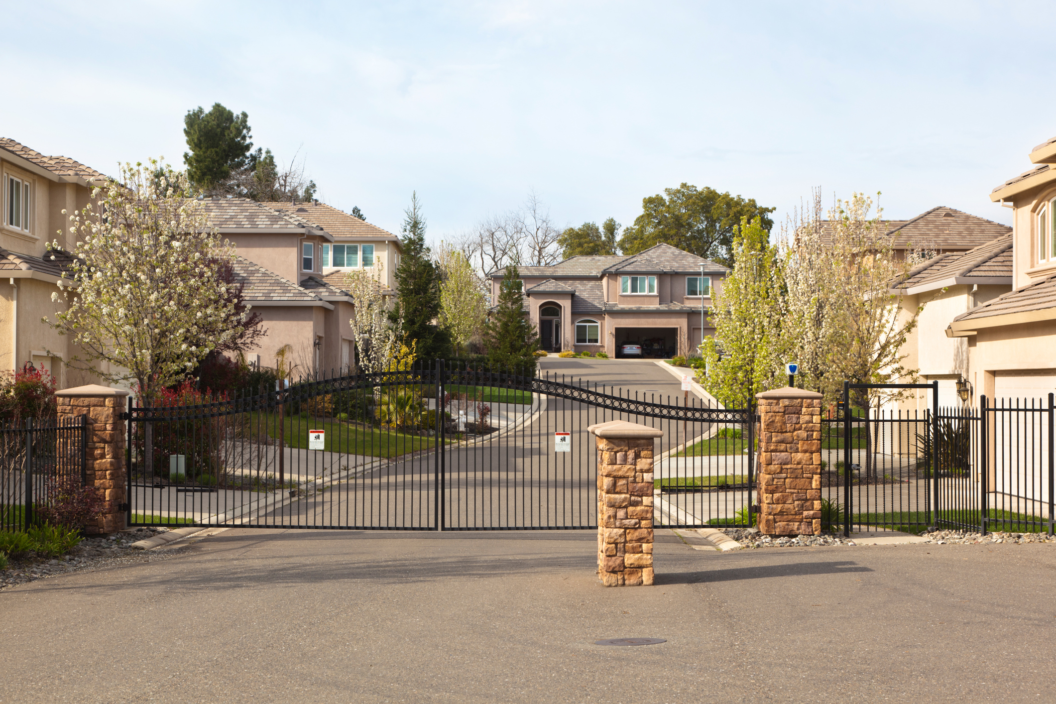 Are Gated Communities Safer