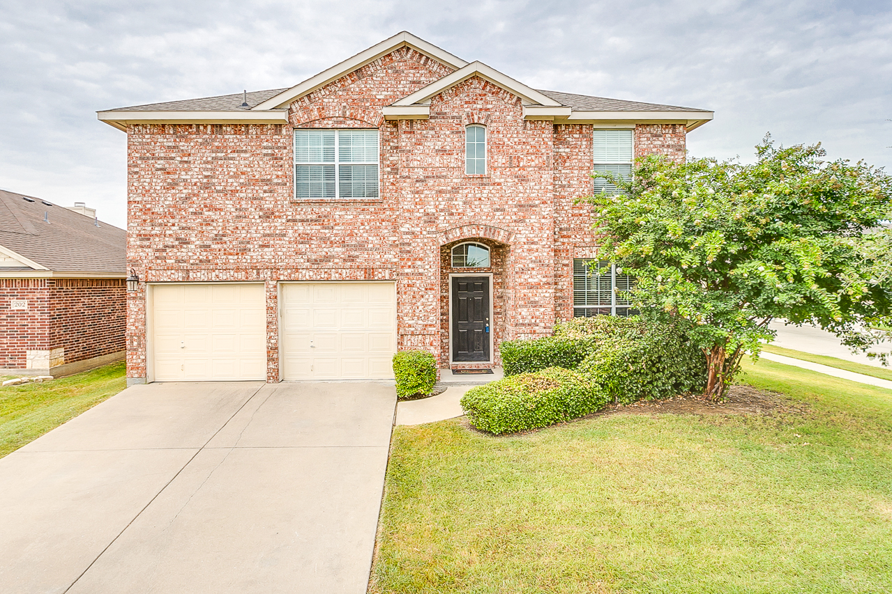 200 Glenwood Drive Mansfield TX