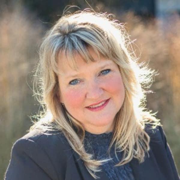 Jen Feinberg | The Jen Feinberg Team