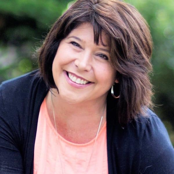 Shana Woomer | The Jen Feinberg Team