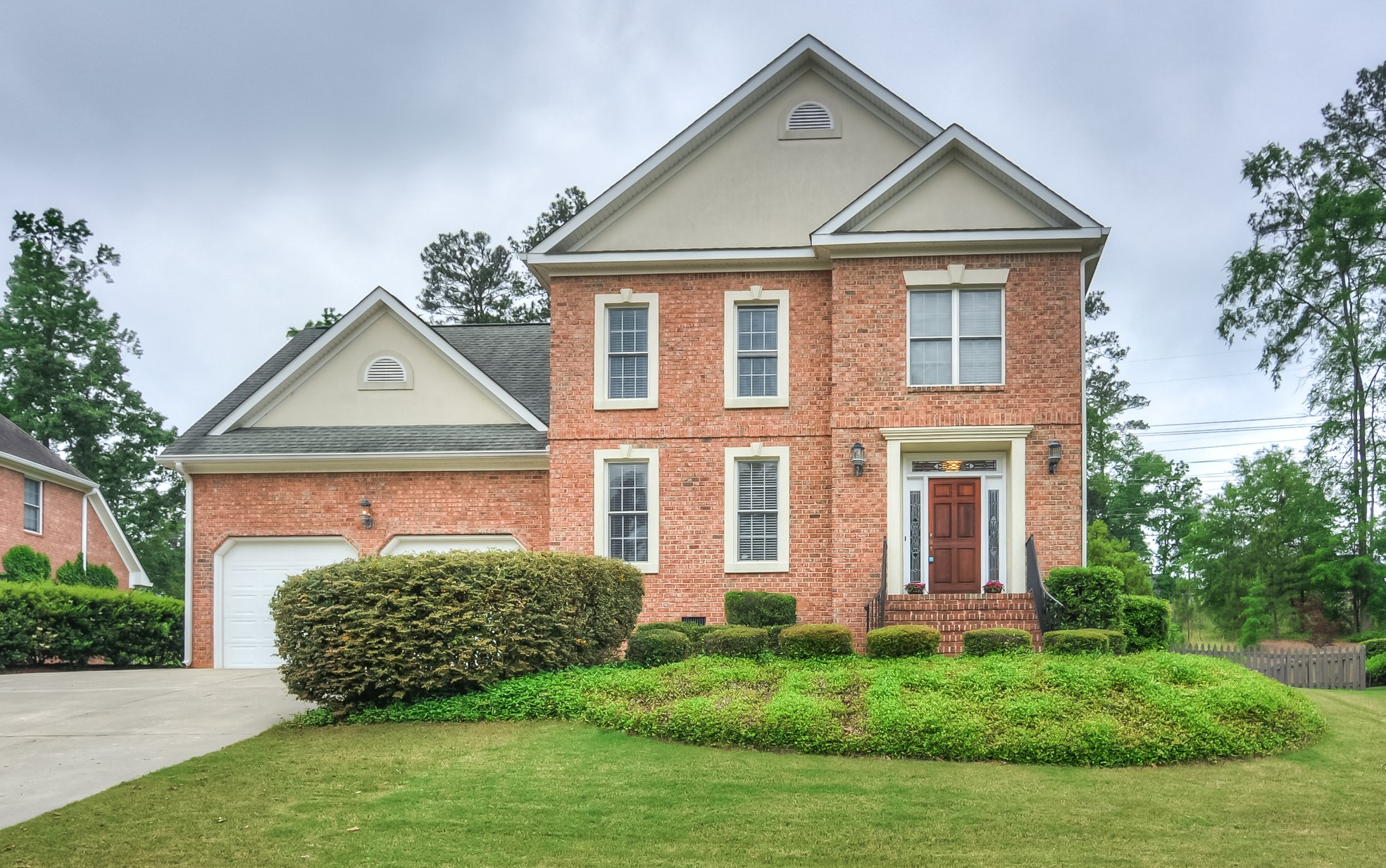 2 Story Brick Home In Riverwood Plantation