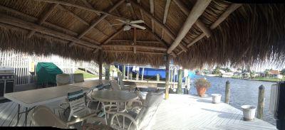 Parkway East Tiki Hut