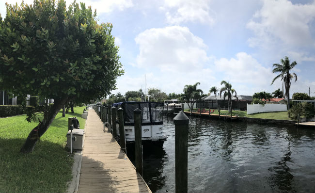 Coral Harbor Boating community