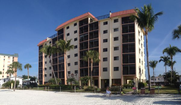 Cane Palm Beach Condos in Fort Myers for Sale