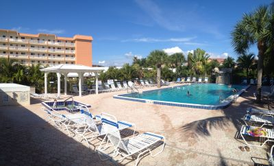 Riviera Club Pool