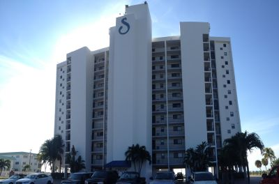 Sunset Condo Gulf-front units Fort Myers Beach