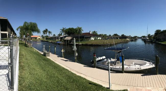 Intersecting canal views at Kimberly Bay Condo