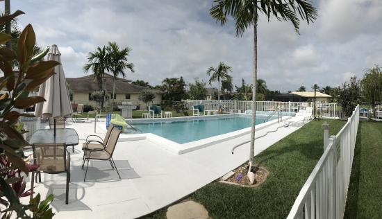 The community pool at Newport Manors Condo Cape Coral