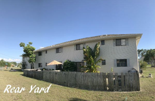 Rear Yard Par Side Condo Cape Coral Florida