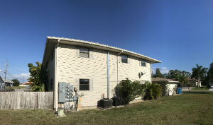 West side of Par Side Condo in Cape Coral