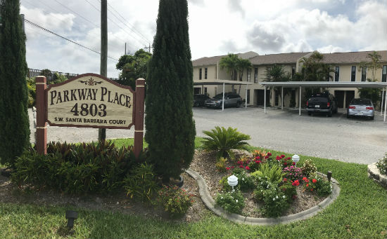 Parkway Place Townhomes Cape Coral