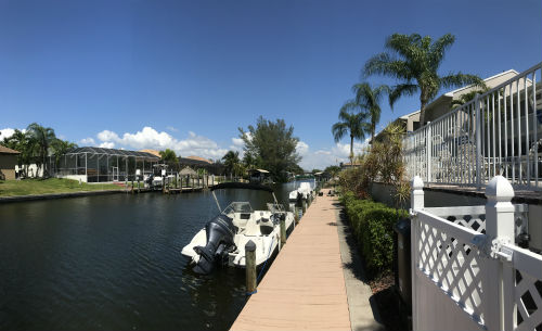 Boats on the docks at Pointe Coral in SW Cape Coral Florida