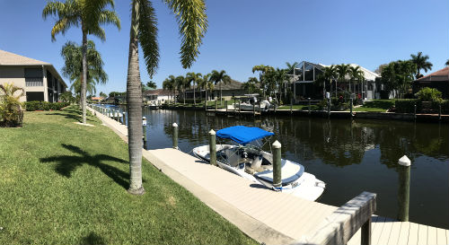 Searay Condo in Cape Coral offers community dock space for your boat