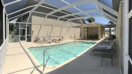 Villa Congress Community Pool