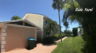 Side Yard at Villa De Vern Cape Coral Florida