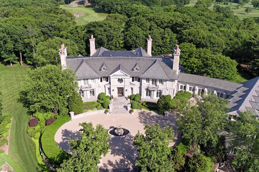 Chestnut Hill Estate