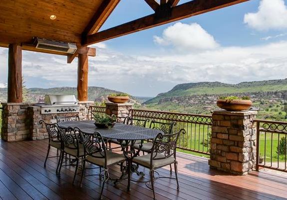 Luxurious deck views