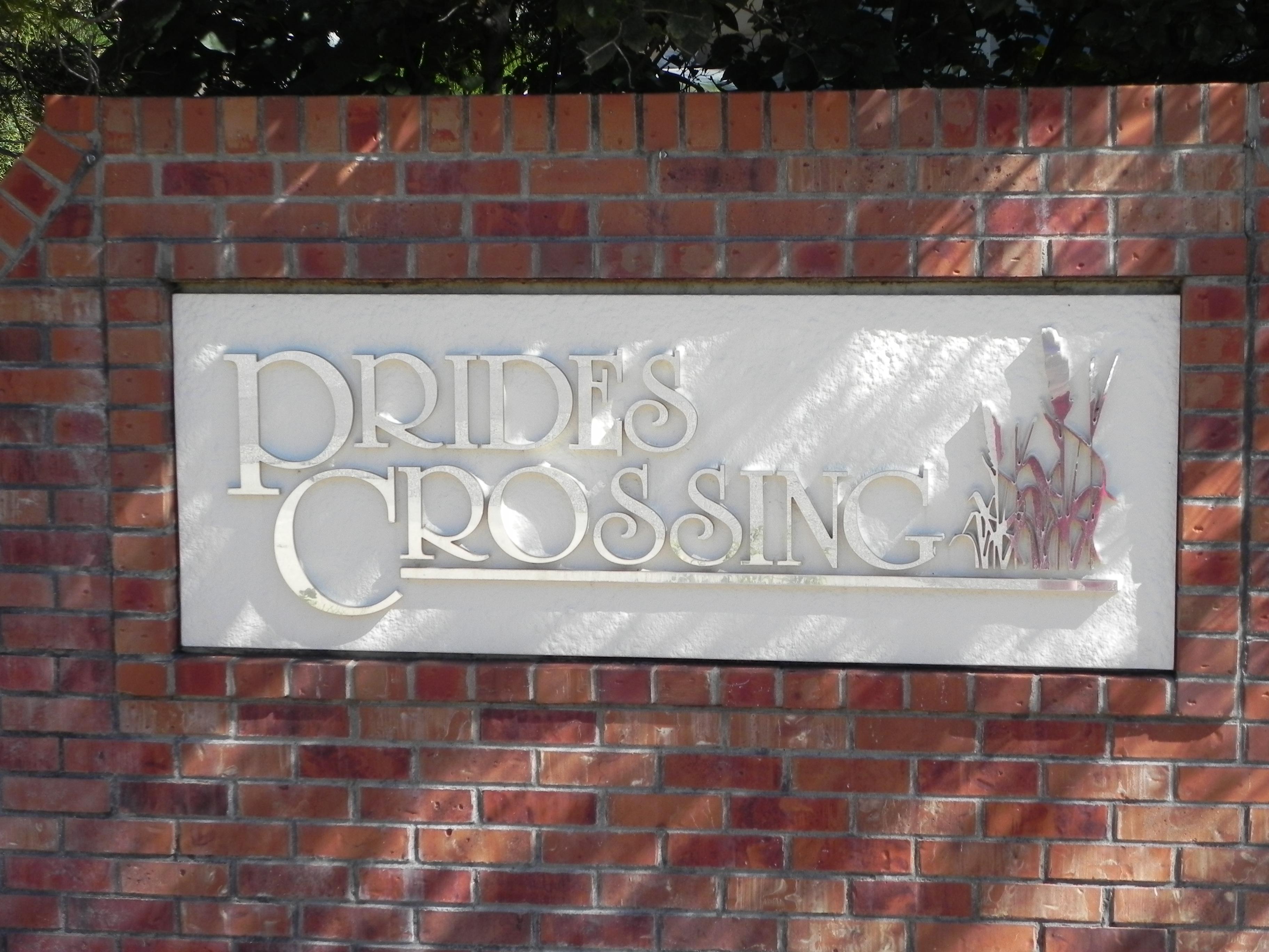 Neighborhood of Pride's Crossing
