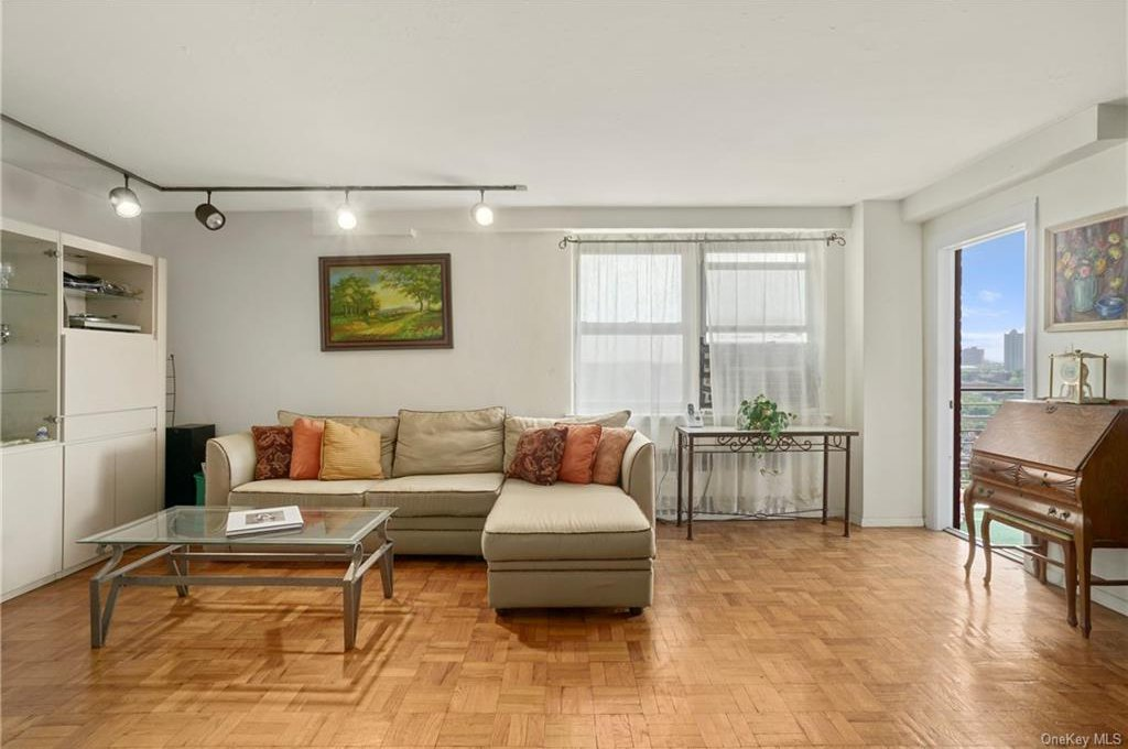 3135 Johnson Avenue Unit #12J, Bronx, NY 10463