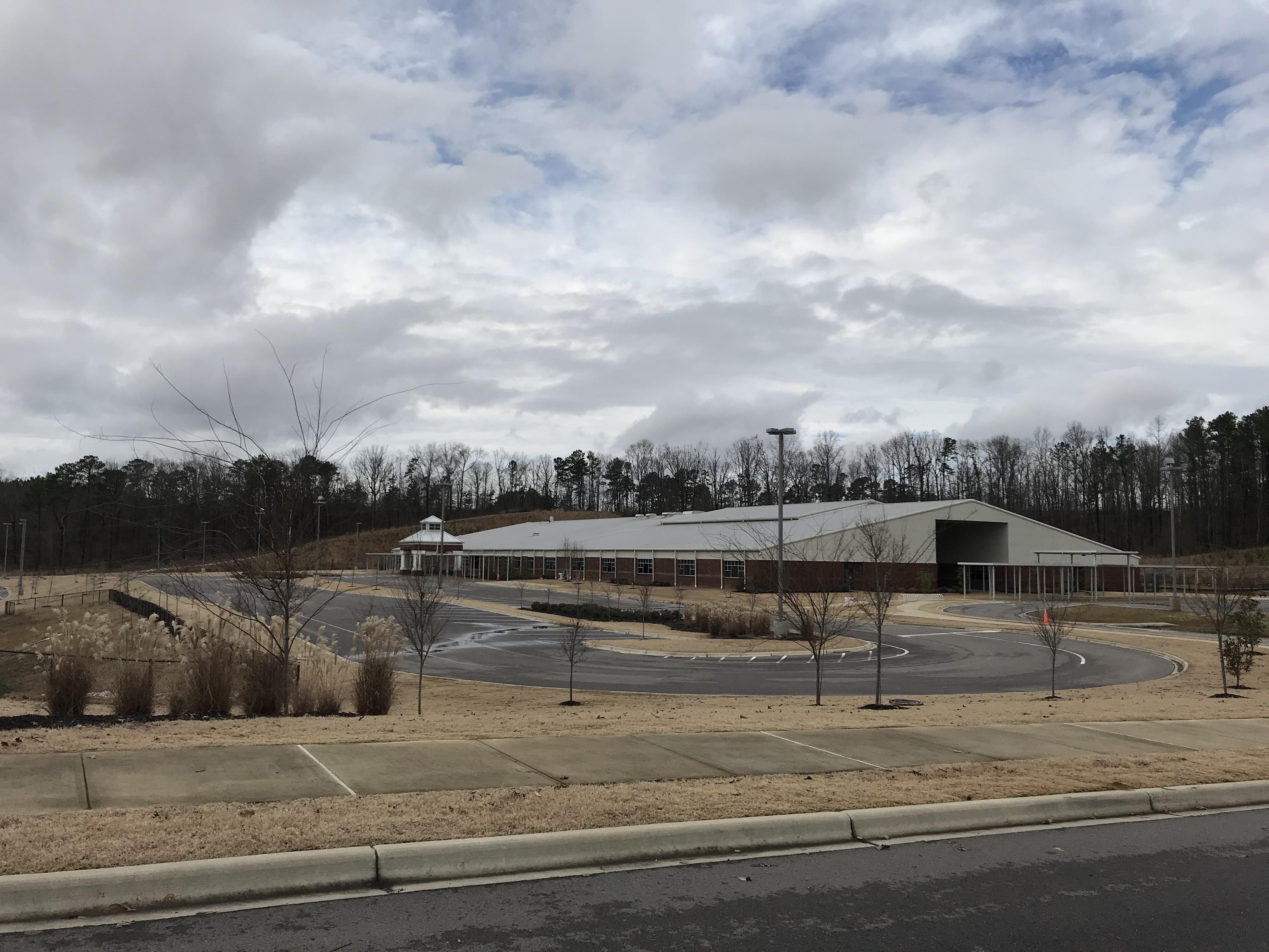 Magnolia Elementary across from Glen Cross