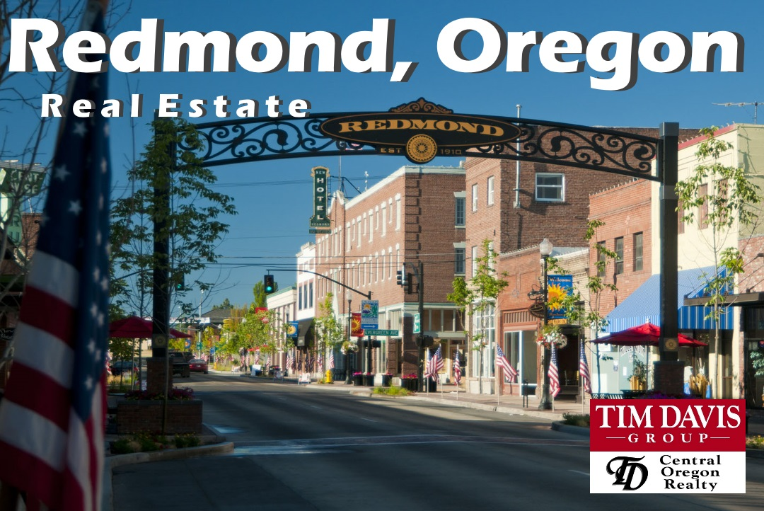 Redmond Oregon Iconic Downtown arch image