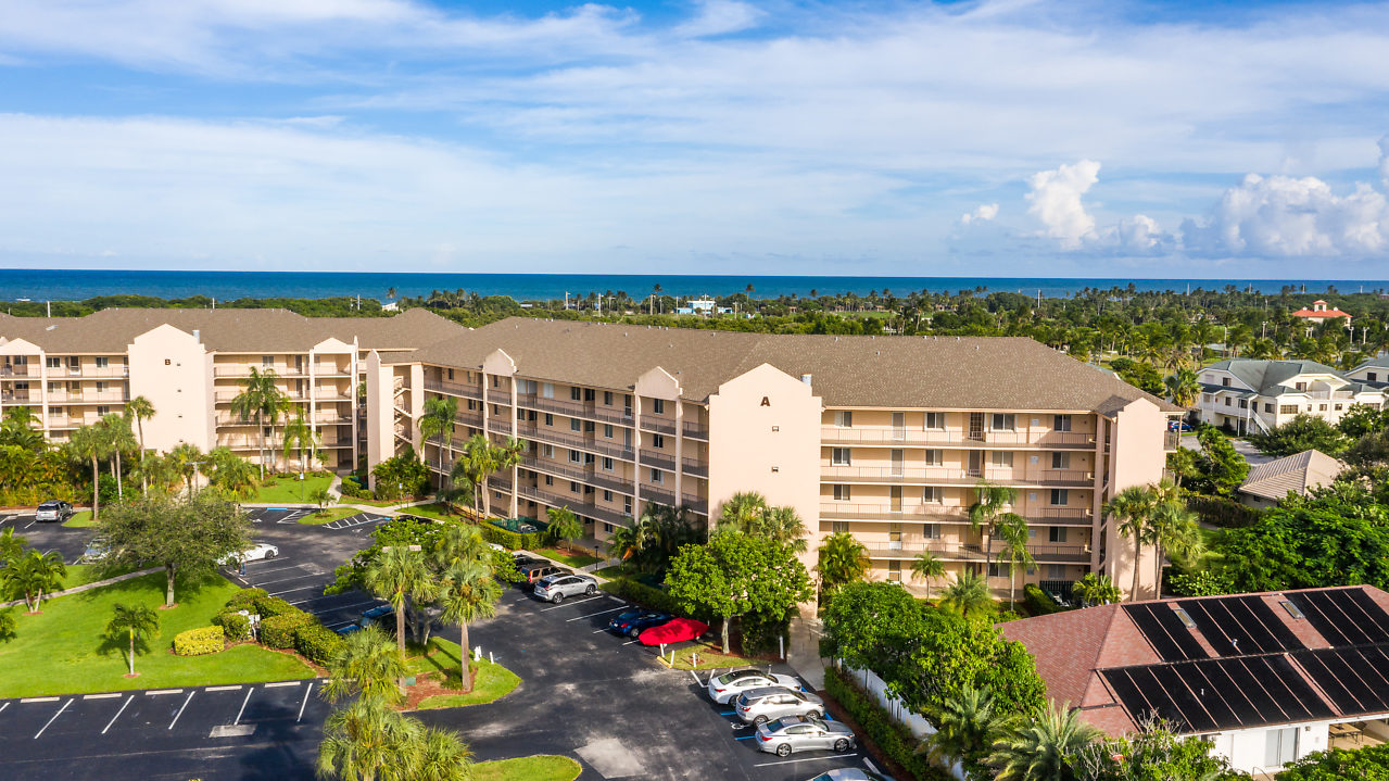 Jupiter Bay Condos For Sale