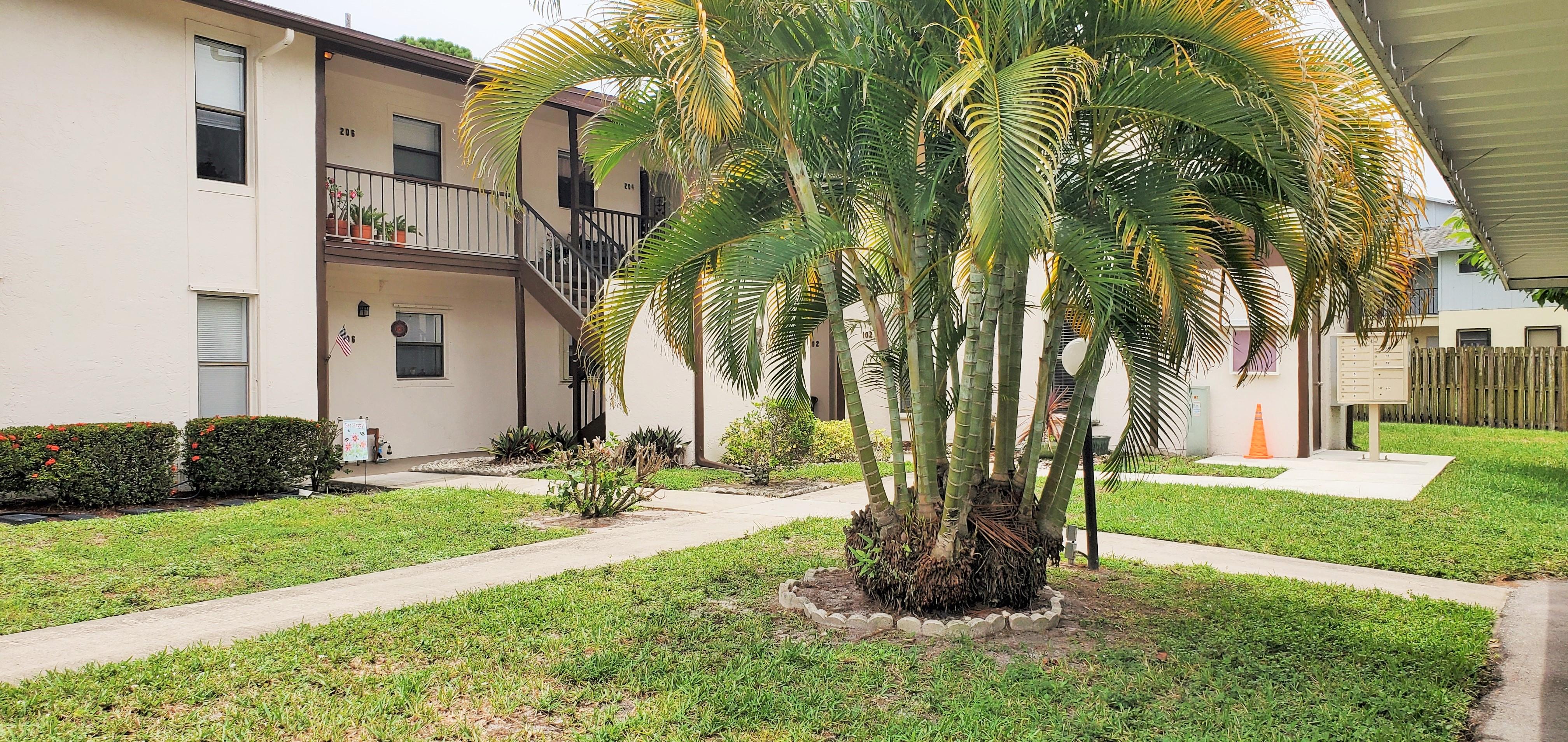 Hobe Sound Florida 6531 SE Federal Hwy P204