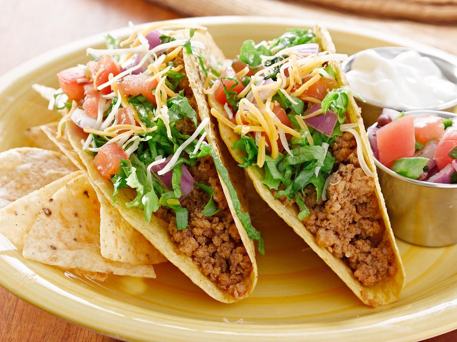 Lake Stevens property owners get tacos at Los Pineros.