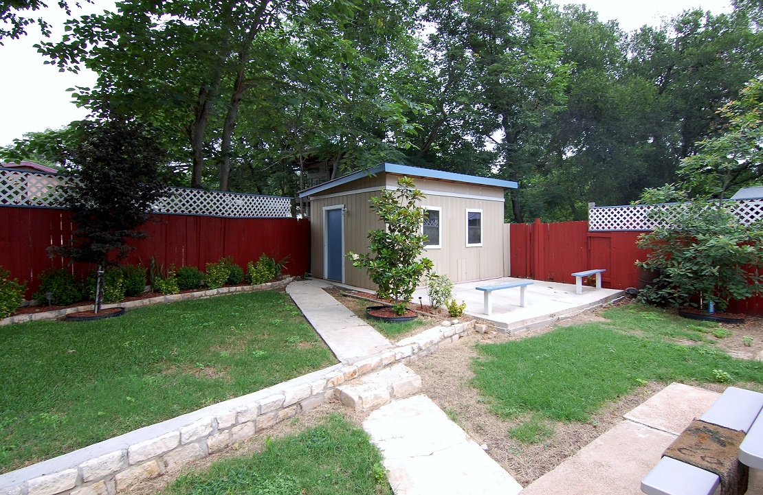 east austin home for lease in rosewood