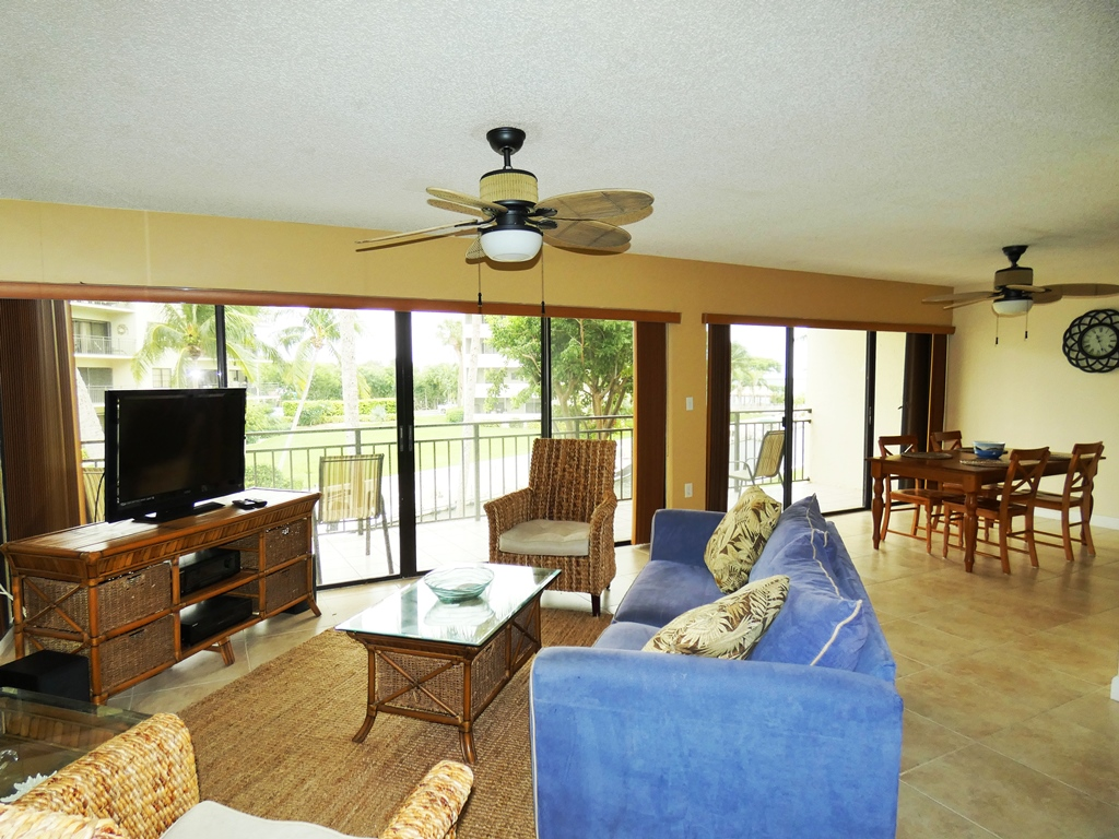 c-205 tamarind bay spacious living room with water view