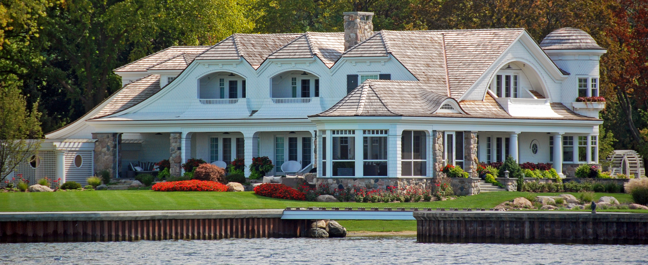 The most expensive homes in lake minnetonka minnesota for Minnesota mansions for sale