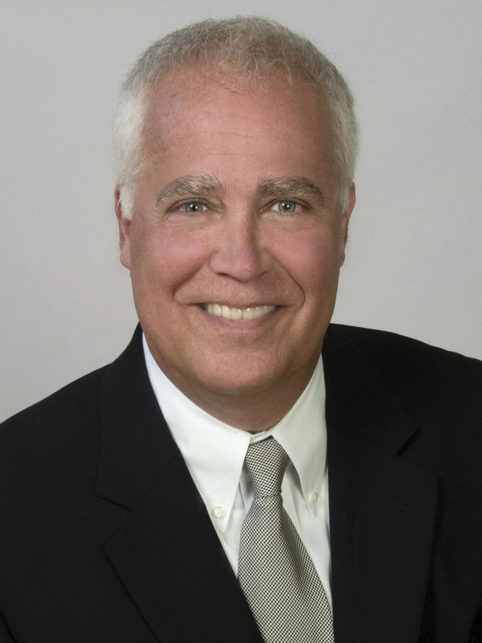 Bruce Theobald Prof Headshot