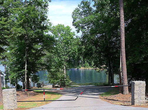 Waterfront Lot on Lake Greenwood SC