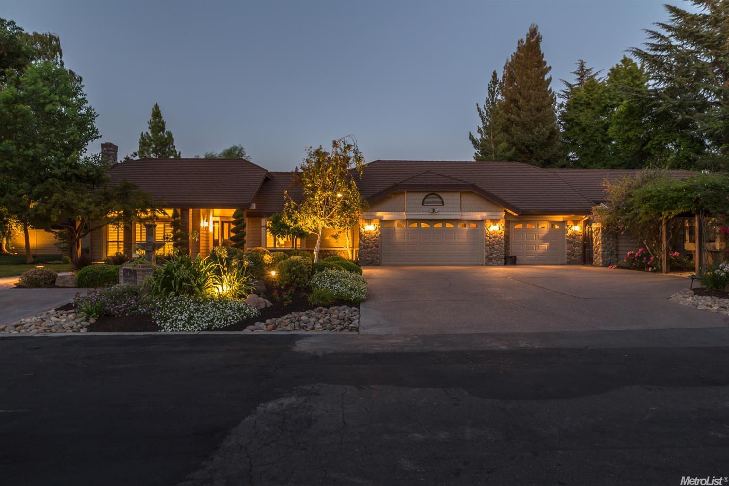 Custom Home in Shippe Home Ranch