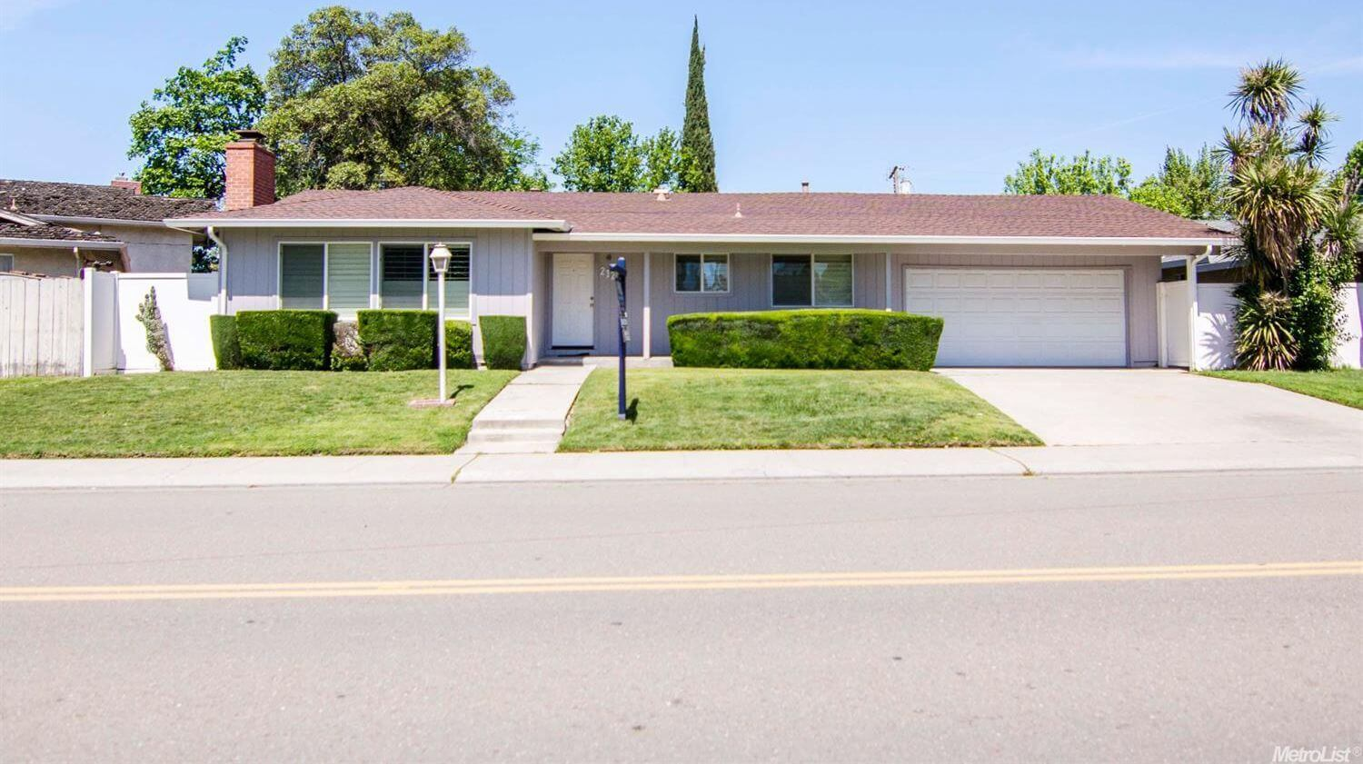 Home in Colonial Heights, Stockton