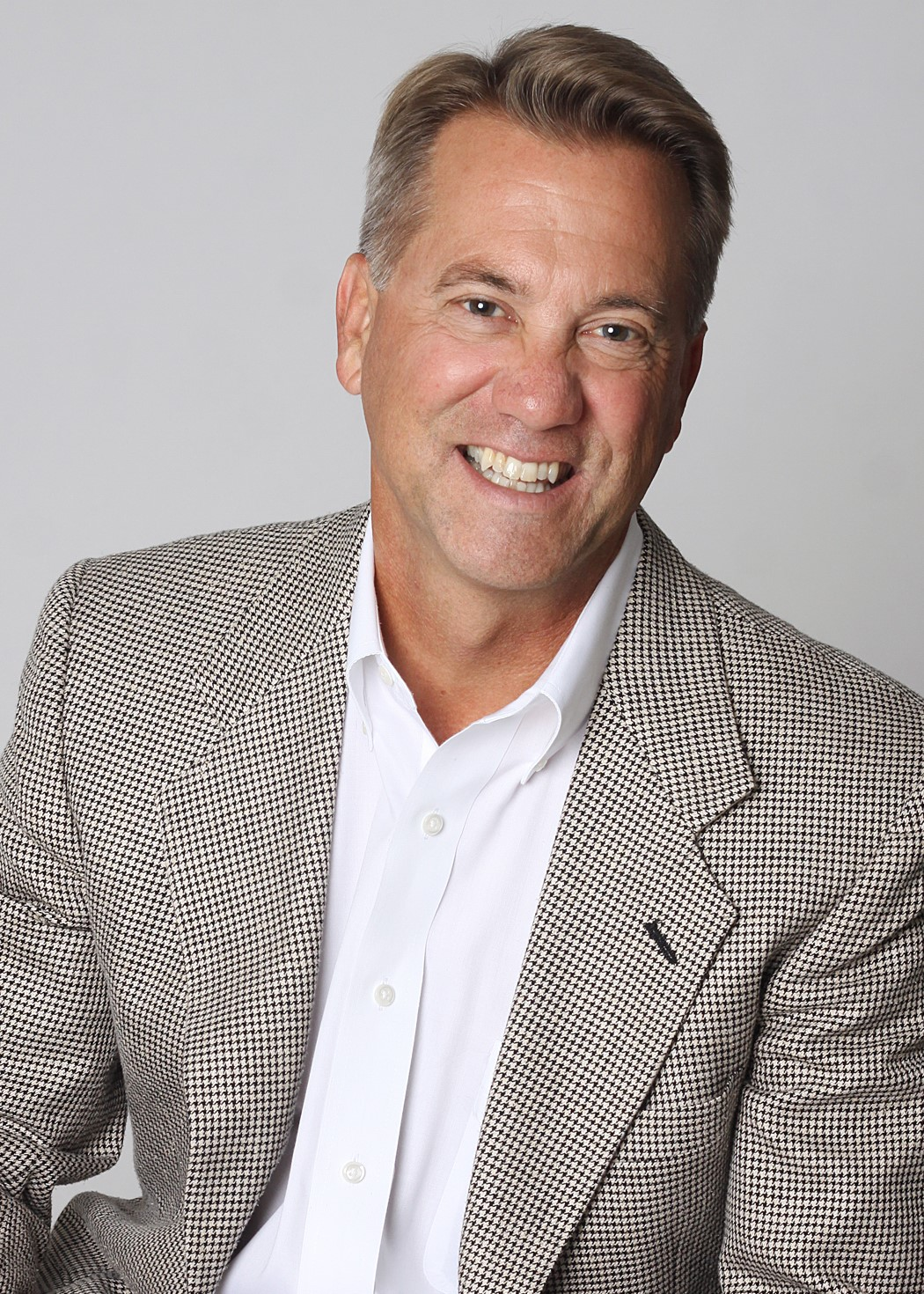 Dave Woolard - Lewis Realty Broker
