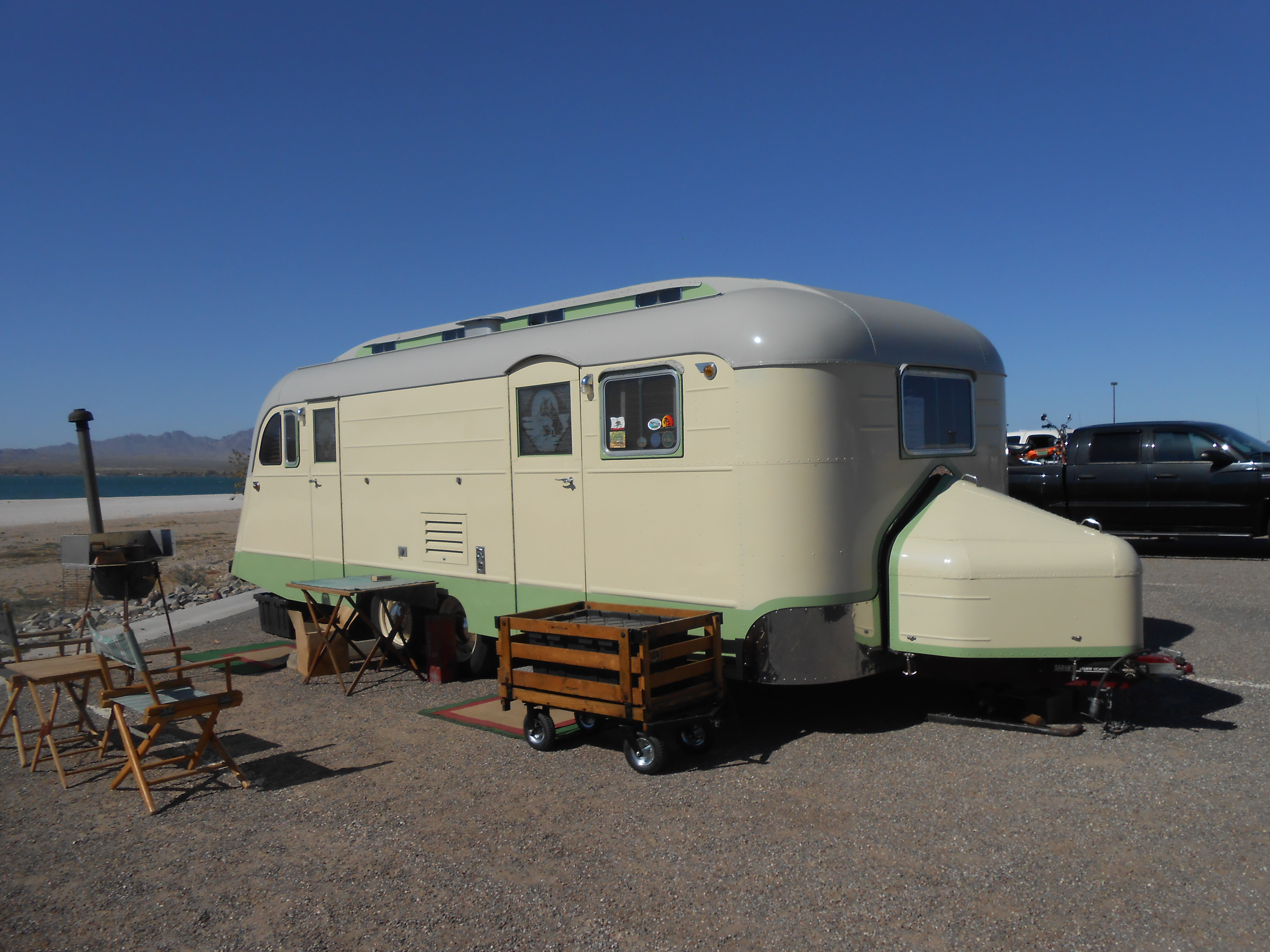 Lake Havasu Vintage Trailer Campout 2017