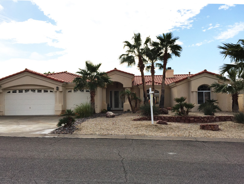 Lake Havasu city pool home for sale in Lakeridge Estates