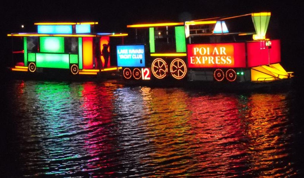 Christmas boat parade lake havasu