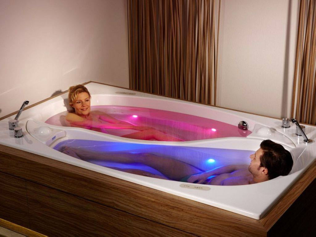 The couples bathtub