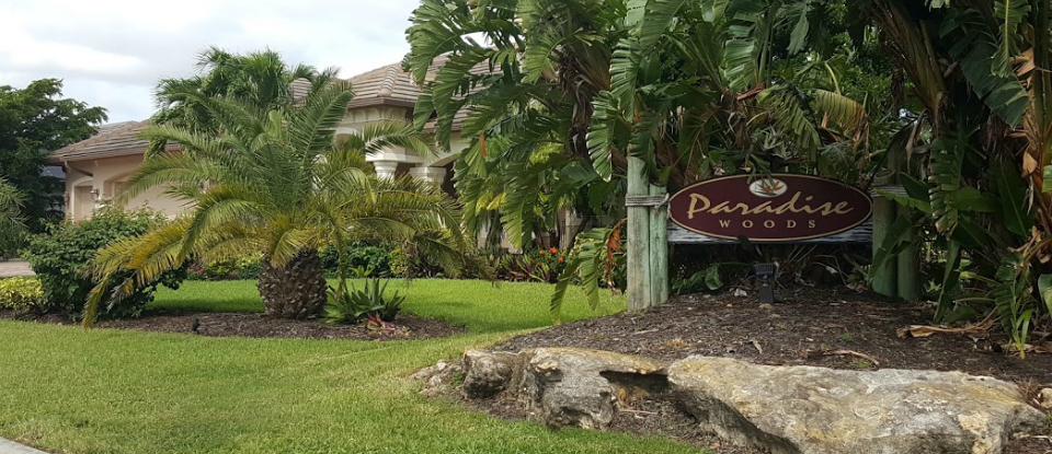 Paradise Woods Homes For Sale In Bonita Springs Florida