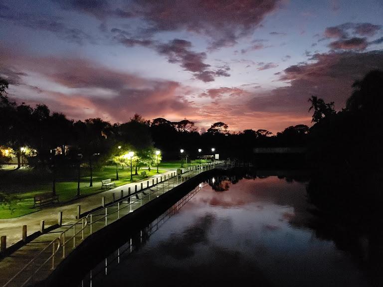 Evening Walk Riverside Park Bonita Springs