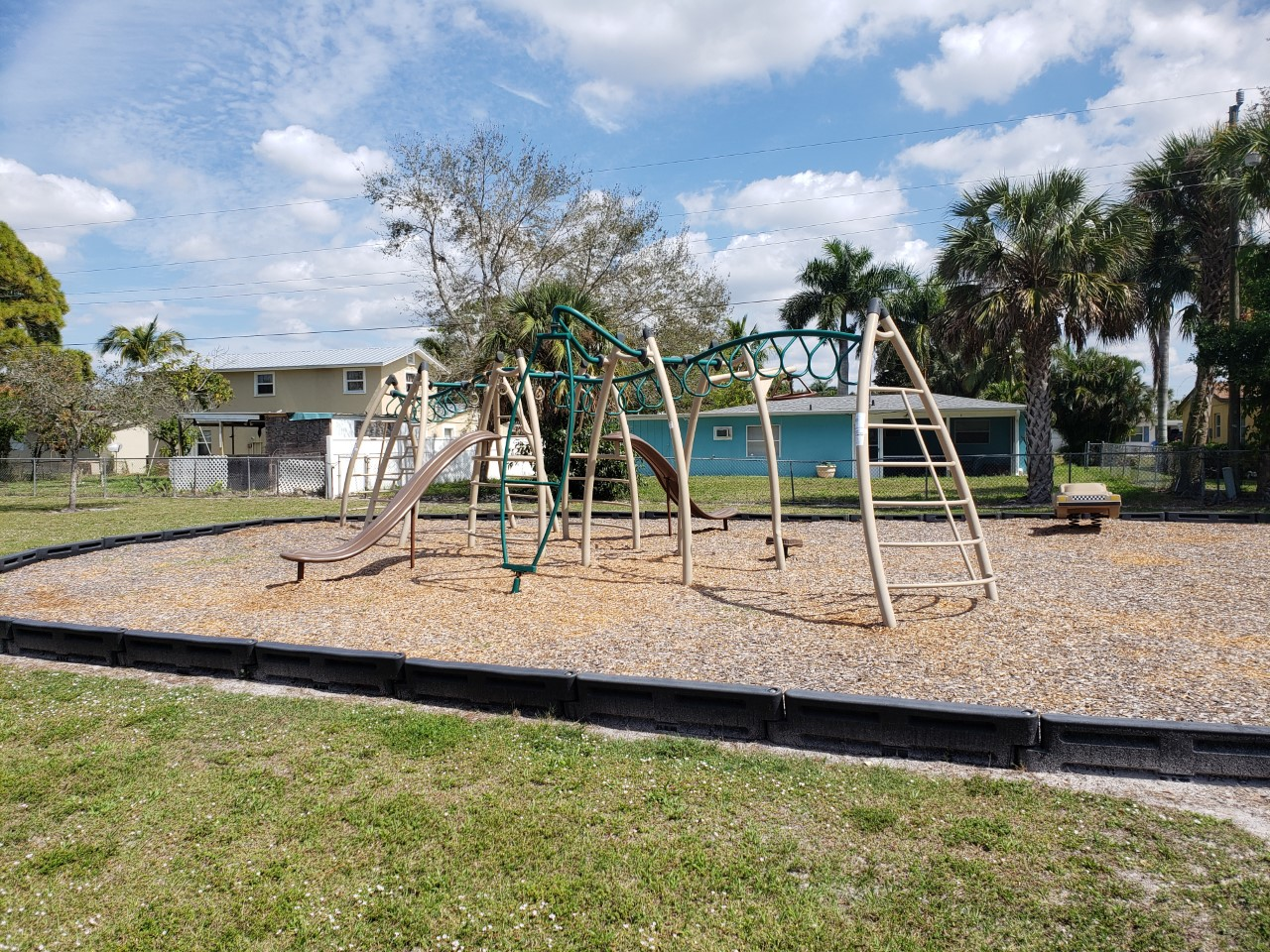 Coconut Circle Park Naples