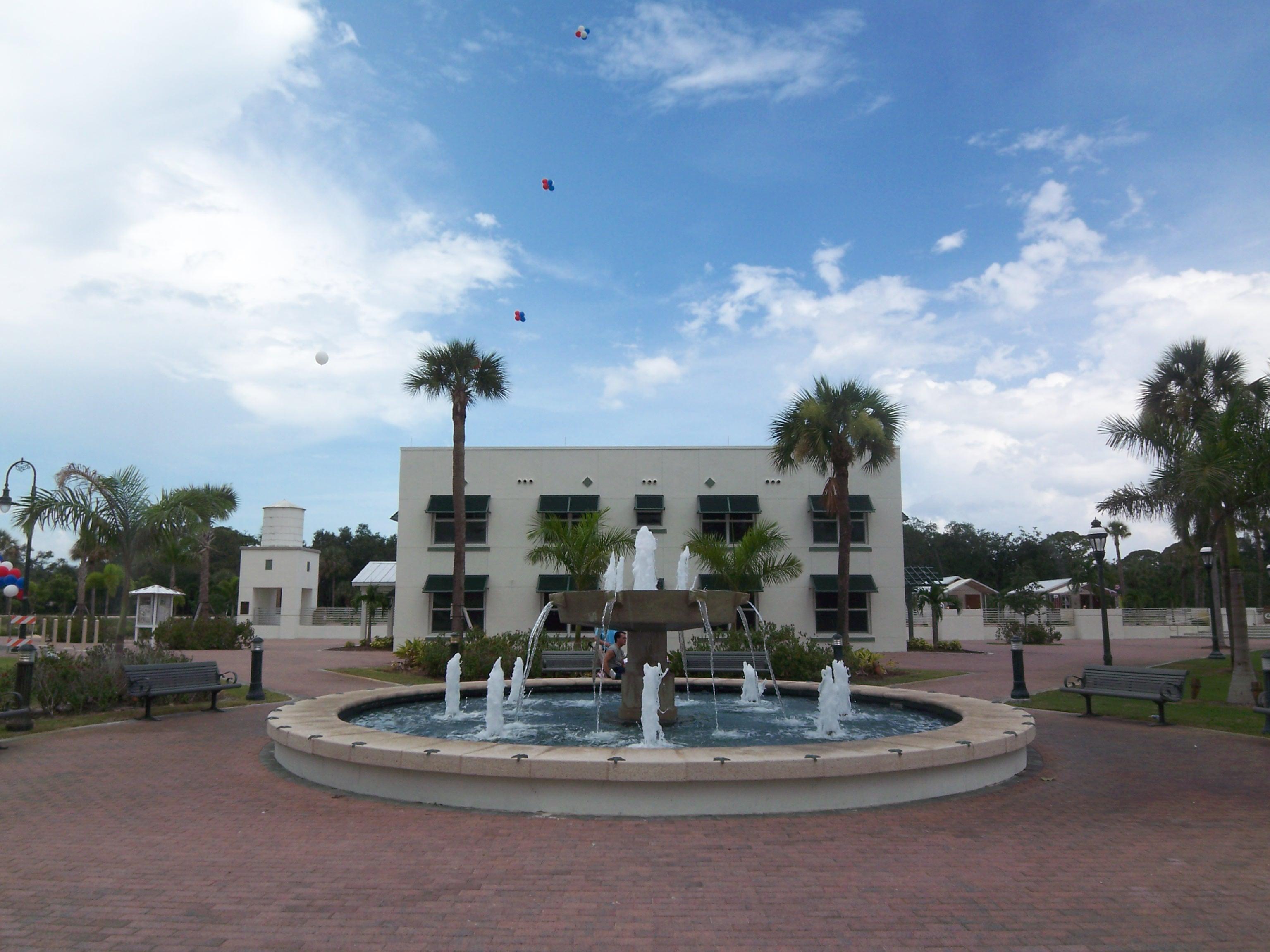 Bonita Springs Liles Hotel