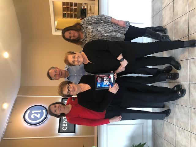 The Linda Hall Team of Century 21 First Choice